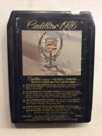 Cadillac 1976 - 8X2L-6992