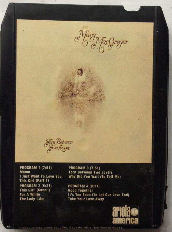 Mary MacGregor - Torn Between Two lovers- Ariola 8XT 50015