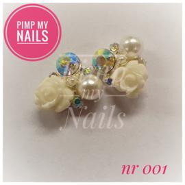 Pimp My Nails 001 Witte roos me parels en steentjes (multi color)