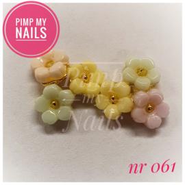 Pimp My Nails 061 3 bloemen pastel