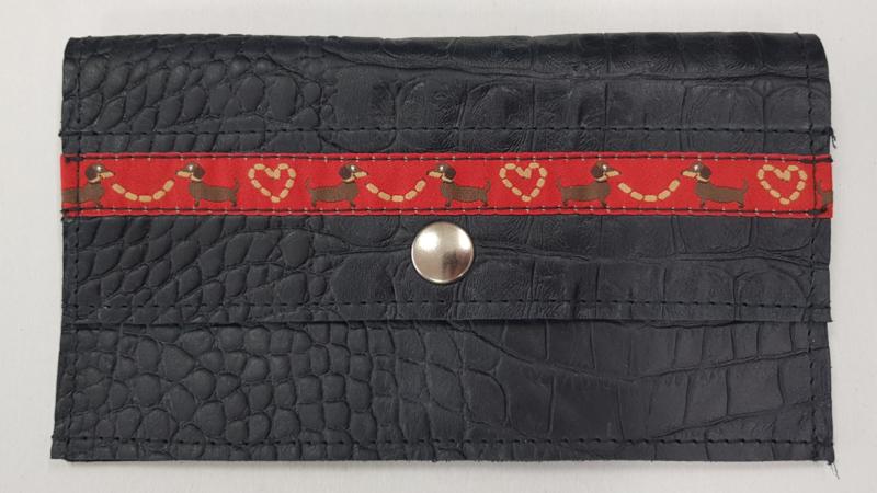 Portemonnee croco zwart met teckelband
