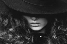 Chantelle Black or Black  W.Type
