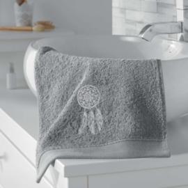 handdoek gasten, grijs 30 x 50 cm, geborduurd talisman