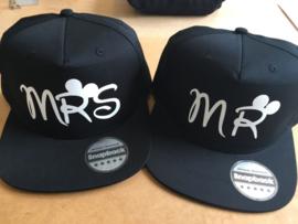 Mr & Mrs Cap