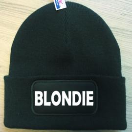 Muts Blondie