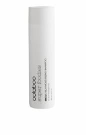 Rich moisturizing shampoo