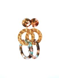 Oorbellen resin bruin/turquoise en ring goldplated