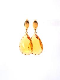Oorbellenmet facetgeslepen glasdruppel geel