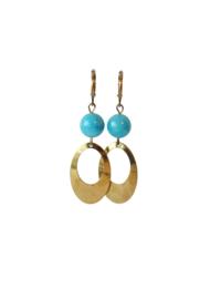 Oorbellen met agaat blauw en hanger oud goud