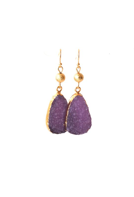 Oorbellen met resin hanger paars/goud