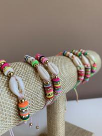 IBIZA Armbandje met schelpje   multicolor