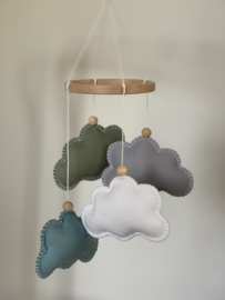 Wolkenmobile SMALL grijs, ijsblauw, olijfgroen, wit