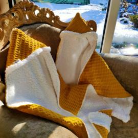 Winterdeken met teddy - oker geel