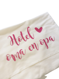 Ledikantlaken 'Hotel oma en opa'