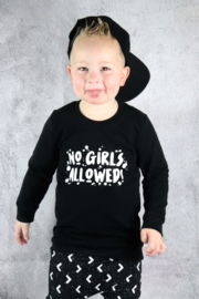 Sweater 'no girls allowed' met verfspetters