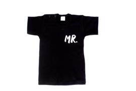 Shirtje met MR of MRS met achternaam+EST .. op achterzijde
