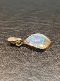 Hangertje met opaal