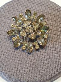 Broche met kristal steentjes VERKOCHT
