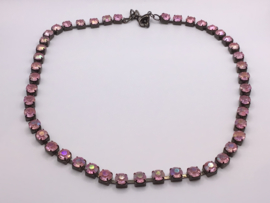 Ketting met roze strass steentjes