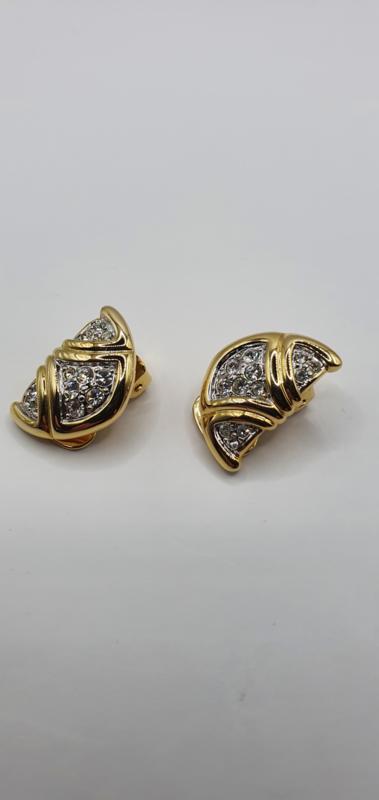 Oorclips met kristal steentjes