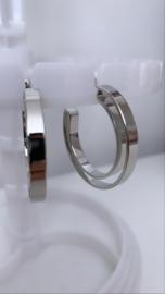 Opengewerkte oorbellen zilver