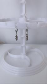 Zilveren oorbellen  veer