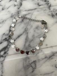 Armband kleine hartjes zilver