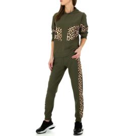 Comfy khaki luipaard