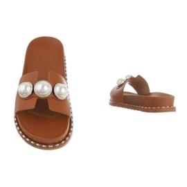 Slippers, camel met parels
