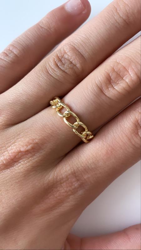 Ring stoer goud