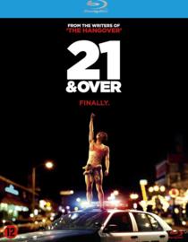 21 and over Ex-rental (blu-ray tweedehands film)