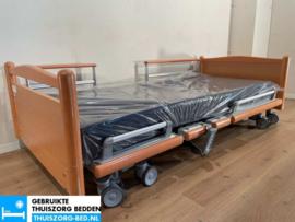 VOLKER 39A ELEKTRISCH LAAG LAAG (23 cm LAAG)  THUISZORG-BED MET ZITFUNCTIE