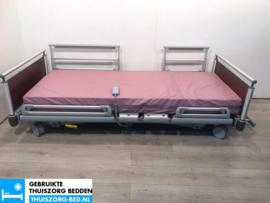 VOLKER 34A ELEKTRISCH LAAG LAAG (23 cm LAAG)  THUISZORG-BED MET ZITFUNCTIE