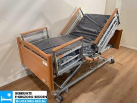 VOLKER 40C ELEKTRISCH  LAAG (35 cm LAAG)  THUISZORG-BED MET ZITFUNCTIE