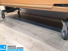 NOVYMED 106 ELEKTRISCH HOOG LAAG THUISZORG-BED MET ZITFUNCTIE