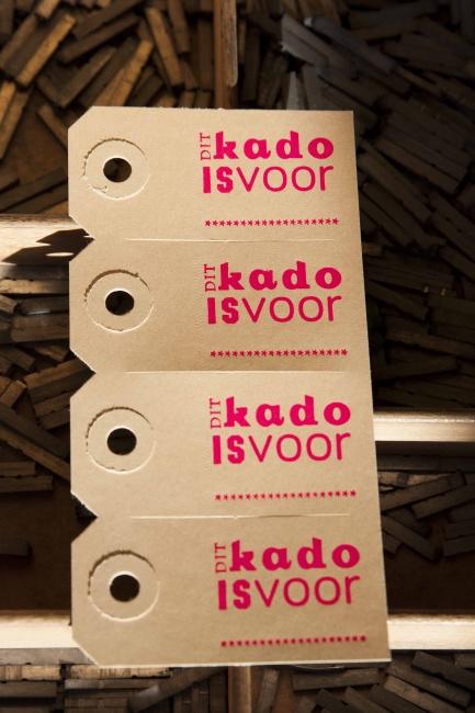 Labels | Dit kado is voor | fluor roze