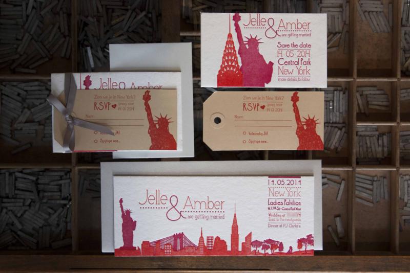 Trouwkaart +Save the date | letterpress  | trouwstijl |  8 x 20 cm | 2  kleuren  | 'Skyline New York' vanaf