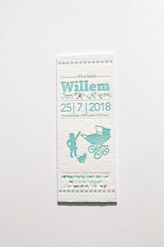 Geboortekaartje   letterpress    8 x 20 cm   2 kleuren   'Vintage wieg Willem' vanaf