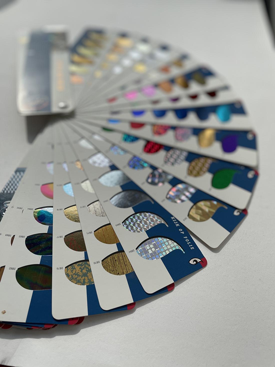Folie geboortekaartje, foliedruk, folie gou, zilver, holofragisch, trouwkaart