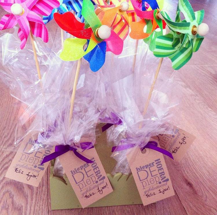 trakatie windmolen school kinderdagverblijf makkelijk Hiep hiep hoera