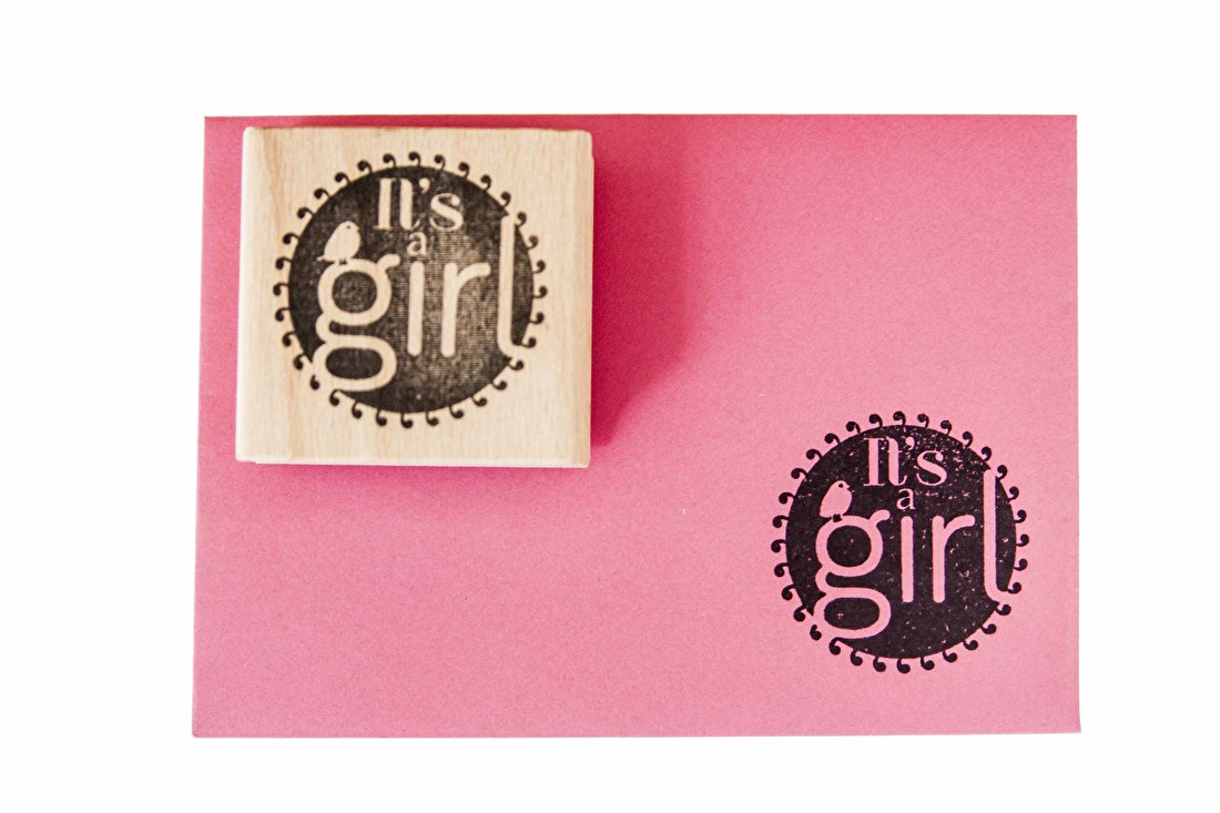Geboortestempel it's a girl houten stempel goedkoop geboortepost