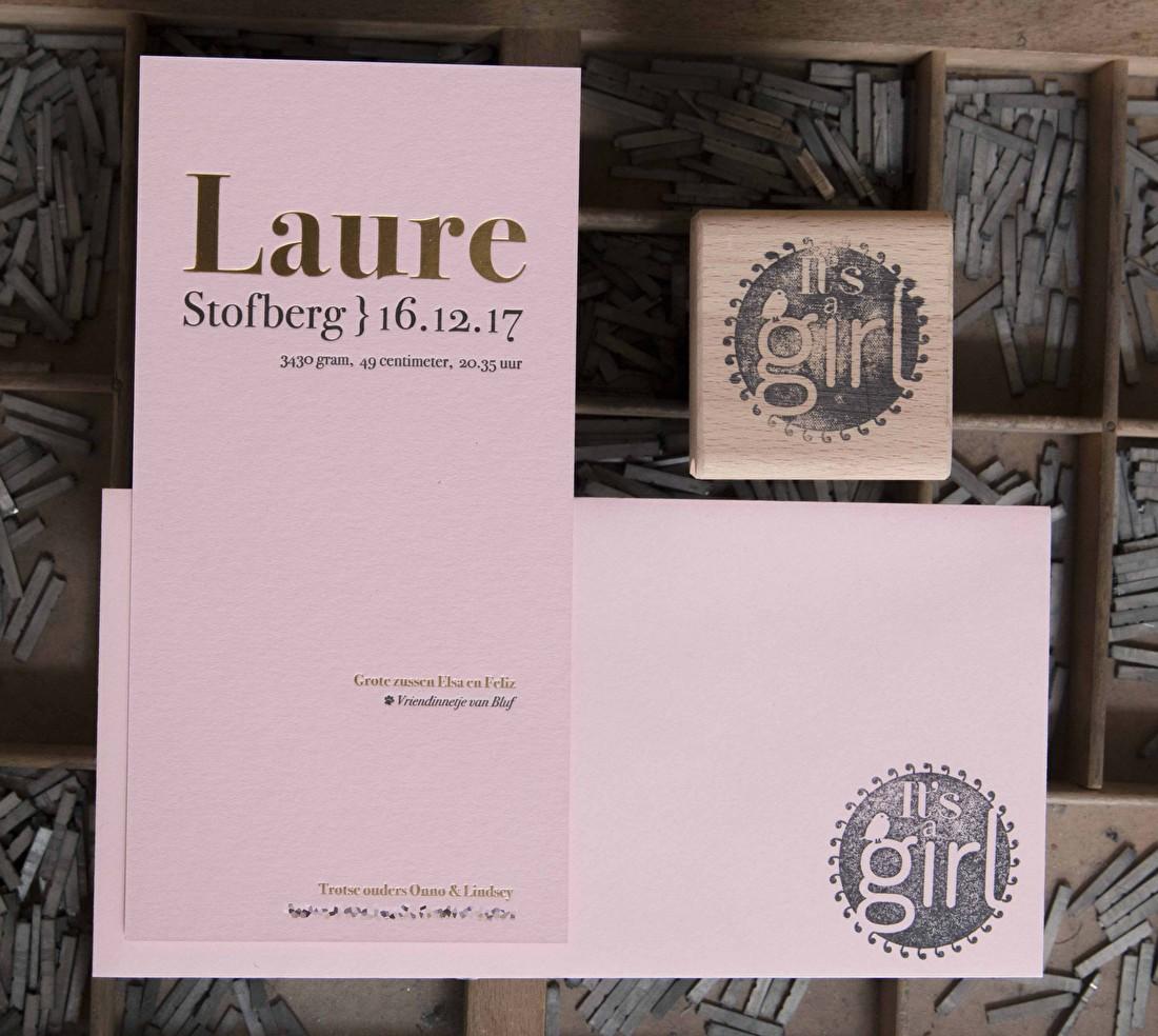 geboortekaartje letterpress folie roze papier Laure goud goedkoop