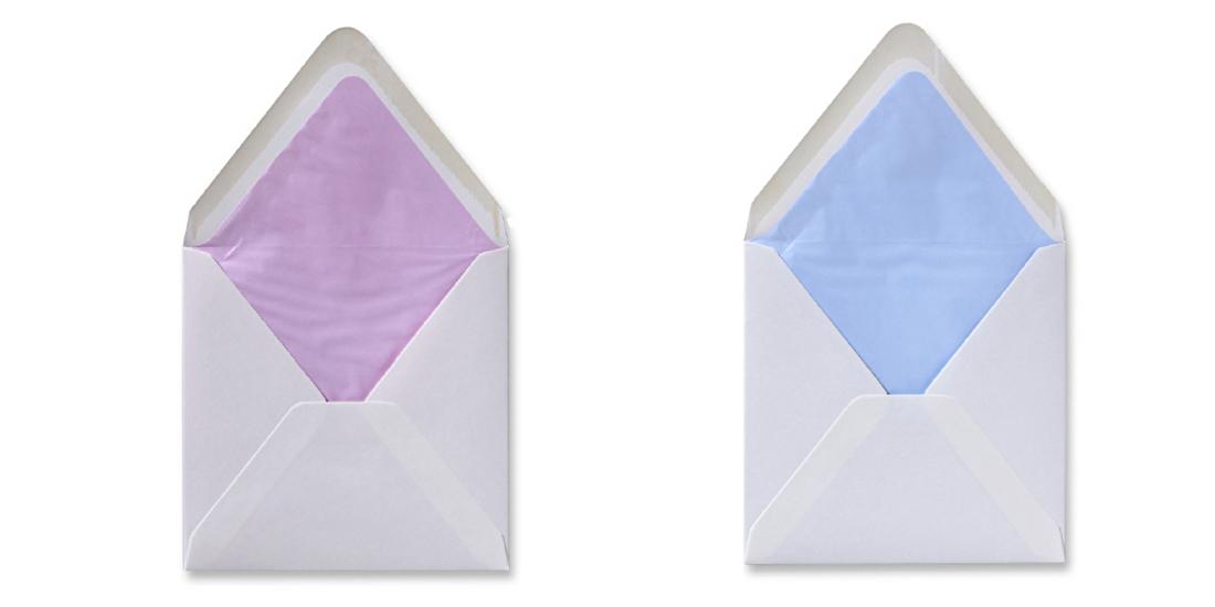 Gevoerde enveloppen geboorte, jongen, meisje,  roze en blauw.