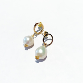 Golden chique pearls