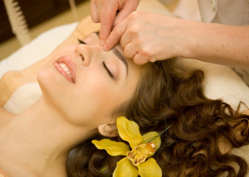 Japanse gezichtsmassage ( KO Bi Do Massage )