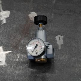 Drukregelaar voor filterreinigingssysteem