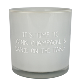 Drink champagne & dance on the table, Amber's Secret