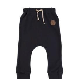Dear Sophie: Basic Pants Dark