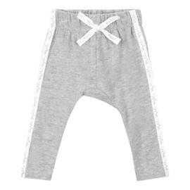 Baby deLuxe: Broekje met sierlint - grijs BDL05