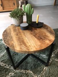Houten salontafel 55 cm rond en 40 cm hoog, metalen onderstel